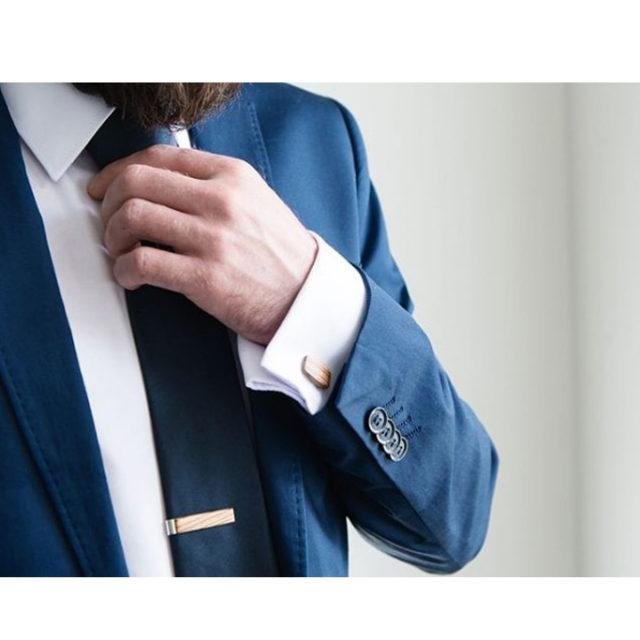 Dřevěná spona na kravatu Mahoosive – Adrian